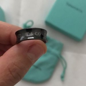 Tiffany & Co Titanium ring sz 7